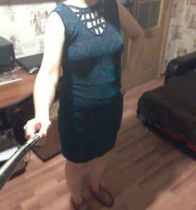 Продам платье 44-46