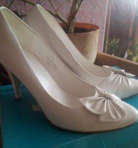 38, свадебные туфли