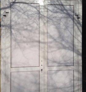 Аллюминиевая дверь