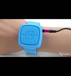 Новые MP3-плееры-браслеты синие