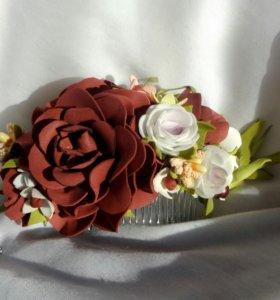 Гребешок с цветами ручной работы