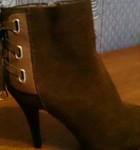 Женская обувь новые
