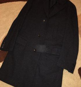 Пальто мужское,46 размер