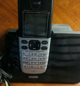 Продаю домашний телефон