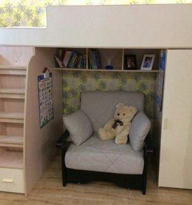 Продам детскую мебель кровать чердак Бамбини 12