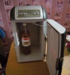 Автомобильный холодильник Vitek