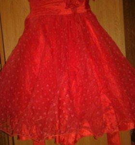 Платье нарядное для девочки со шляпкой