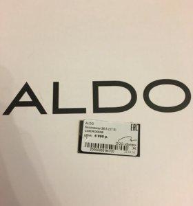 Женские босоножки (новые) Aldo