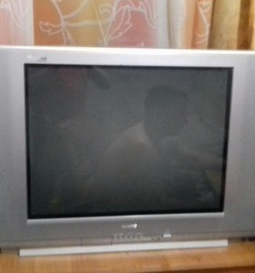 Продам телевизор sanyo