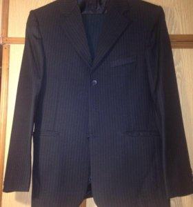 костюм подростковый и галстуки по 30 ₽