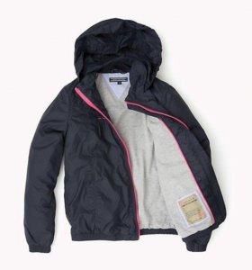 Новая куртка-ветровка Tommy Hilfiger