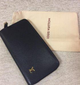 Кожаный кошелёк-портмоне!