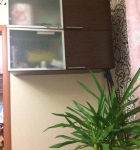 Набор мебели для комнаты либо для зала (стенка)