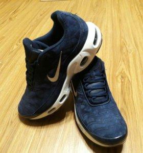 Кроссовки новая модель Nike