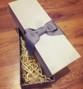 Подарочная коробка с наполнителем