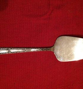 Мельхиоровая лопатка для торта