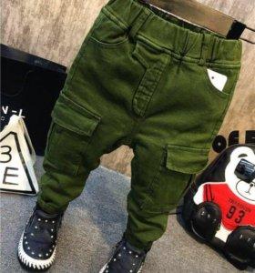 Новые штаны на 4-5 лет