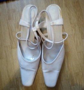 Туфли, басаножки