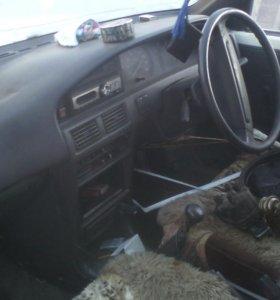 На запчасти оптом -Тойота спринтер. 1989г