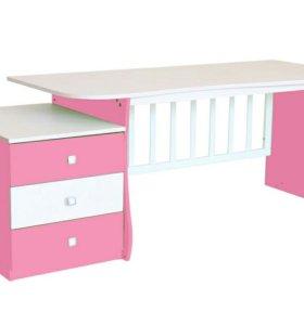 Детская кроватка+письменный стол+