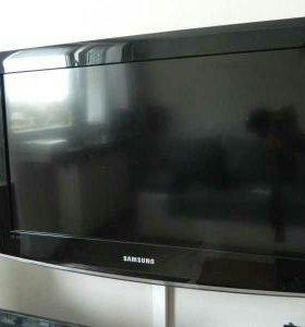 Телевизор 26 дюймов.