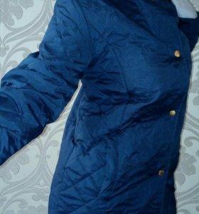 Куртка весенняя 46-48 стеганая  новая