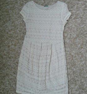 Платье на 146-152 рост.