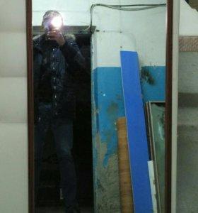 Зеркало настенное,новое
