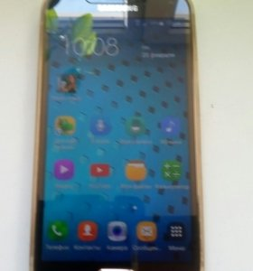 Телефон Самсунг с5