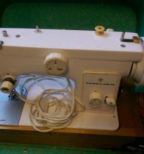 Швейная машинка - Чайка
