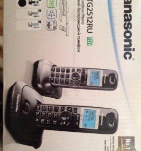 Цифровой беспроводной телефон Panasonic с 2 трубка