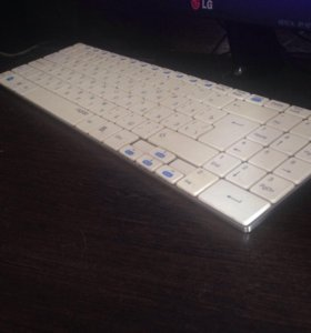 Rapoo E9070,беспроводная клавиатура!белая.