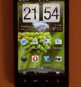 Телефон HTC , камера 8 мгп , зарядка , чехол