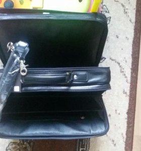 Сумка (портфель) Tuscany Leather FC140233