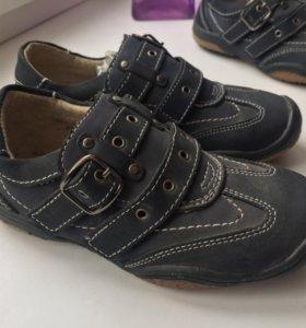 Новые ботиночки из натуральной кожи