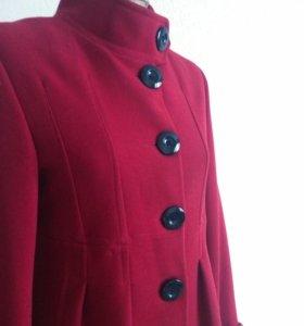 Весеннее пальто 42 р