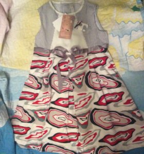 Новое платье размер 122