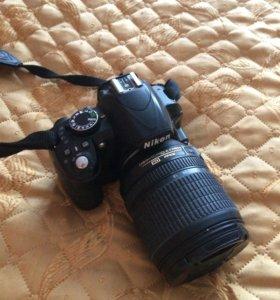Срочно продаю полупрофессиональный фотоаппарат