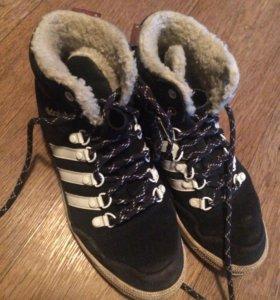 Зимние кроссовки adidas оригинал