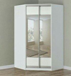 Шкаф угловой зеркальный