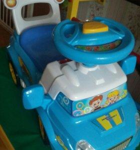Машинка каталка Magic Baby музыкальная