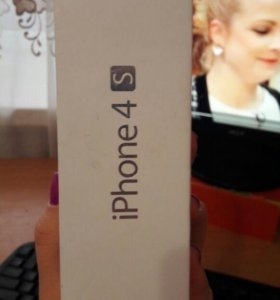 Айфон 4S 16Гб.