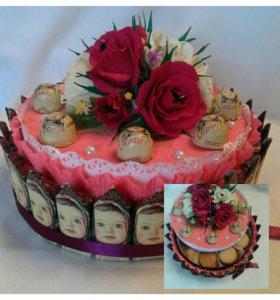 Тортик из конфет и печенья