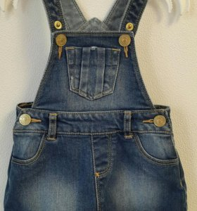 Zara, комбинезон джинсовый(юбка)
