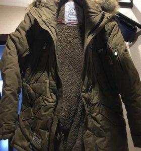 Зимняя куртка (парка) утеплённая