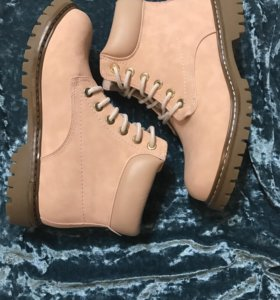 Ботинки розовые Timberland