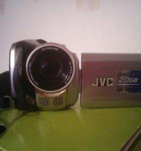 Цифровая видеокамера мало б/у