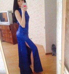 Платье в пол синего цвета