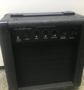 Комбик Guitar amplifier E39