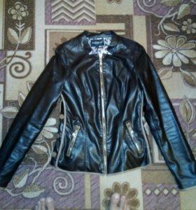 Продам куртку,состояние новое